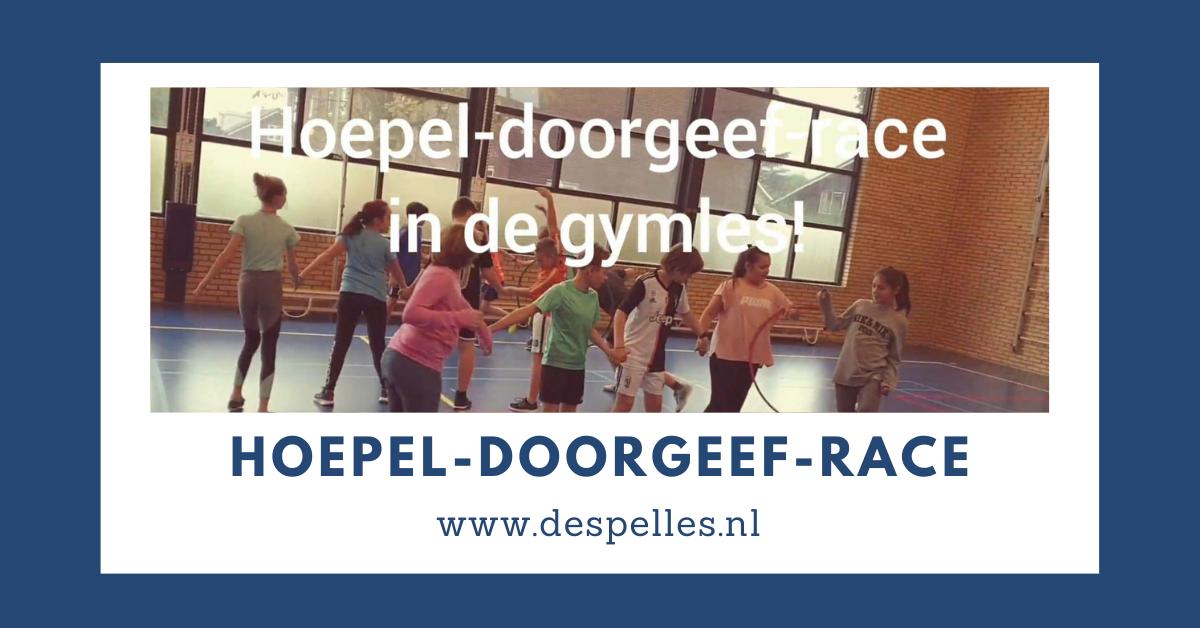 Hoepel-doorgeef-race in de gymles
