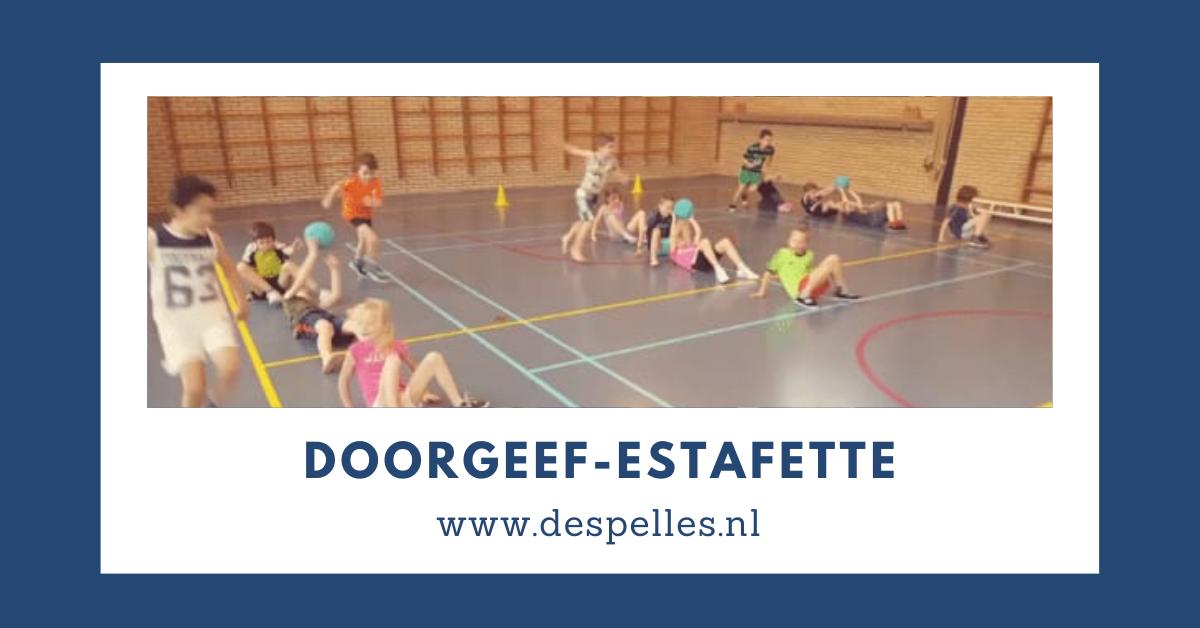 Doorgeef-Estafette-in-de-gymles